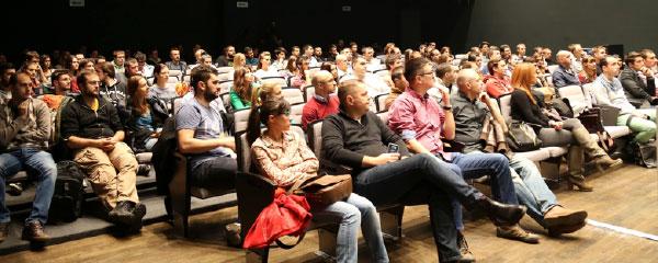 Pun amfiteatar novosadskog univerziteta i ovog je puta potvrdio zainteresovanost za edukativna predavanja o radu u IT industriji.
