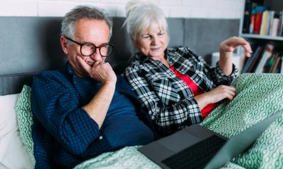 Kako naručiti hranu putem Interneta – vodič za vaše roditelje, bake i deke